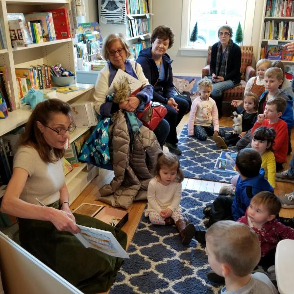 Diane Ohanesian Storytime at River Bend Bookshop